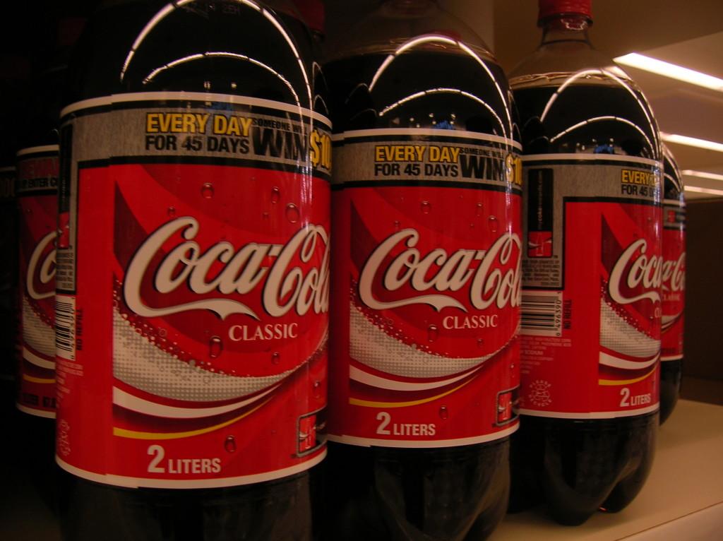 Coke_2litre_bottles